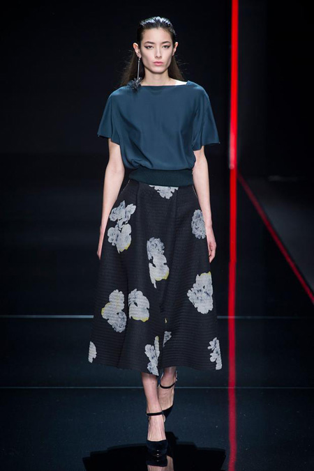 GERANIUM POWER by Anteprima Fall/Winter 2015-2016