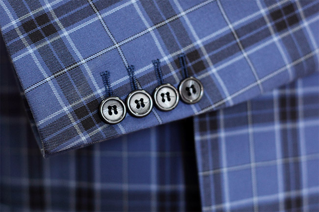 Top 6 things to look when buying the perfect men's suit