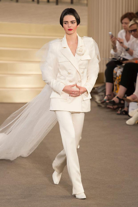 Chanel Fall-Winter 2015/2016 Haute Couture Collection