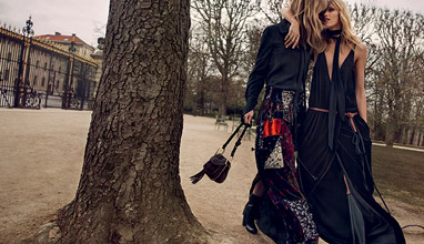 Friendship with style for Fall-Winter 2015/2016 in Chloé campaign