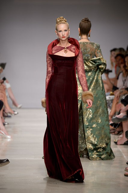 'An Homage to the Tudors' - Curiel Couture Fall-Winter 2015/2016 collection