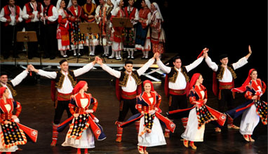 Why to choose the folklore dances instead of fitness