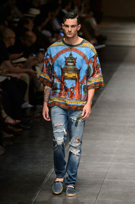 The Chinese Palace by Dolce and Gabbana Spring/Summer 2016