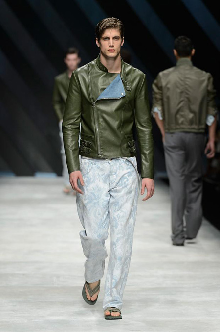 Neo-army inspiration and natural materials by Ermanno Scervino Spring/Summer 2016