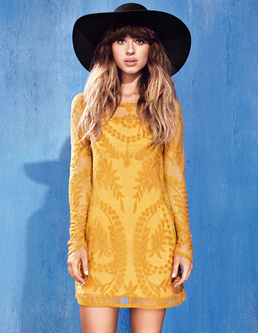 Foxes plays with personal style in new H&M campaign