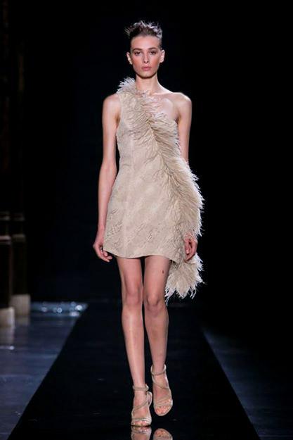 Колекция висша мода Пролет-Лято 2015 от модна къща Loris Azzaro Couture