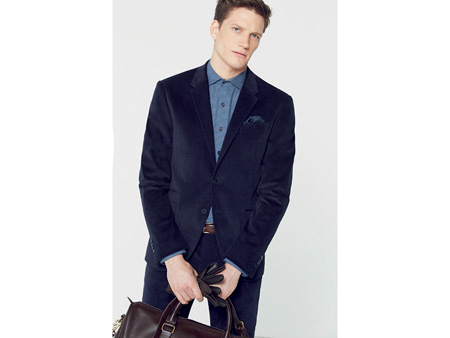 The MANGO Man Autumn/Winter 2015-16 collection brings the latest trends in men's fashion