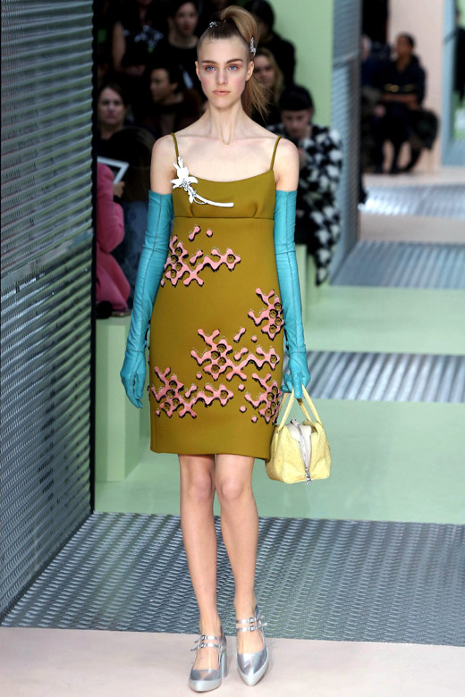 60s are back: Prada Fall-Winter 2015/2016 women's collection