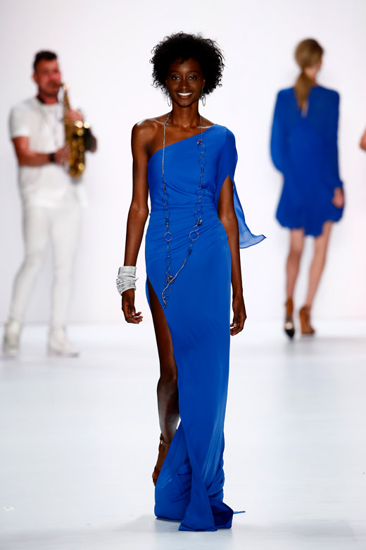 'Blue Notes' and 'Color House' for Spring-Summer 2016 by RIANI