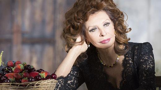 София Лорен с червило за Dolce&Gabbana