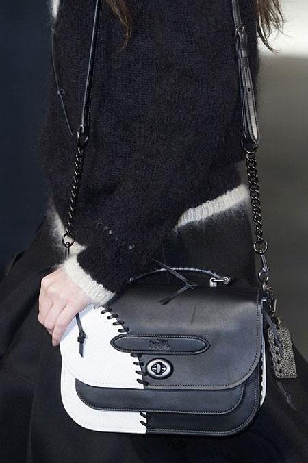 Най-странните модели дамски чанти за Есен-Зима 2015