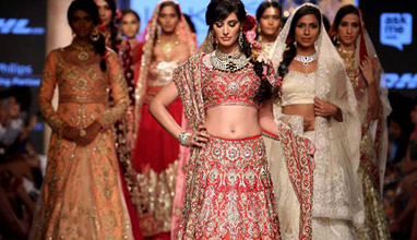 Lakmé Fashion Week: Suneet Varma Summer/Resort 2015 collection