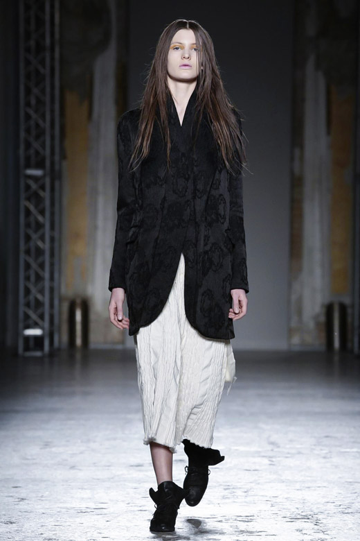 Womenswear: Uma Wang Fall-Winter 2015/2016 collection