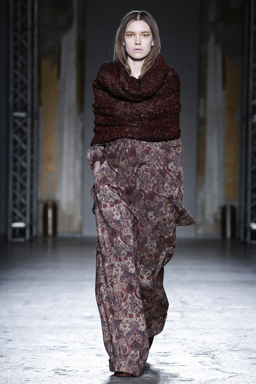 Womenswear: Uma Wang Fall-Winter 2015/2016 collection