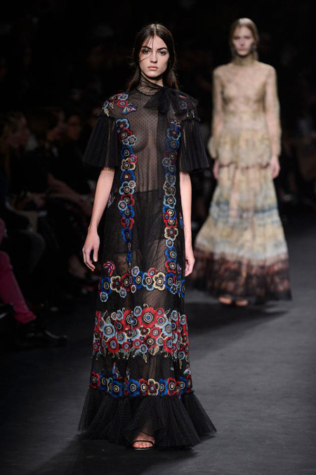Valentino Autumn/Winter 2015-2016 women's collection at Paris Fashion Week