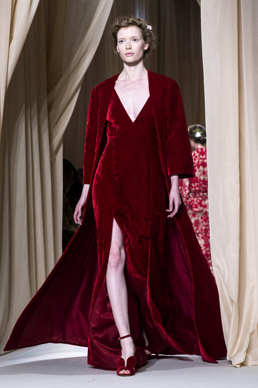 Valentino spring summer 2015 haute couture collection at for Haute couture labels