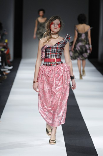 Vivienne Westwood Red Label Fall-Winter 2015/2016 collection