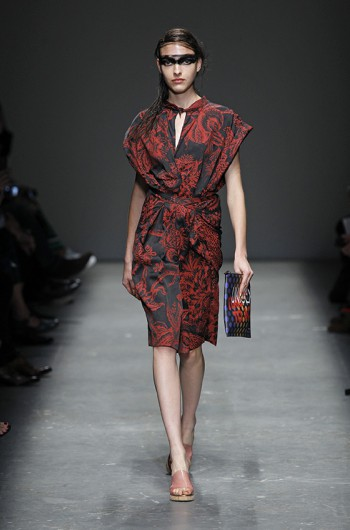 Another reflection of the world in Vivienne Westwood Red Label Spring-Summer 2016 collection