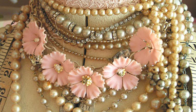 Six Things to Know Before Buying Vintage Jewellery