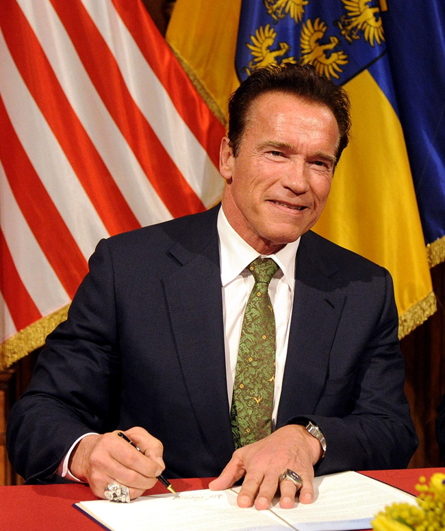 Arnold Schwarzenegger - the stylish Governator
