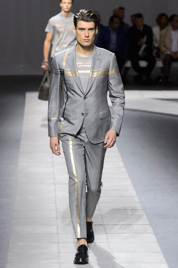 Spring/Summer 2016 - the geometry in the suit, out of the frame