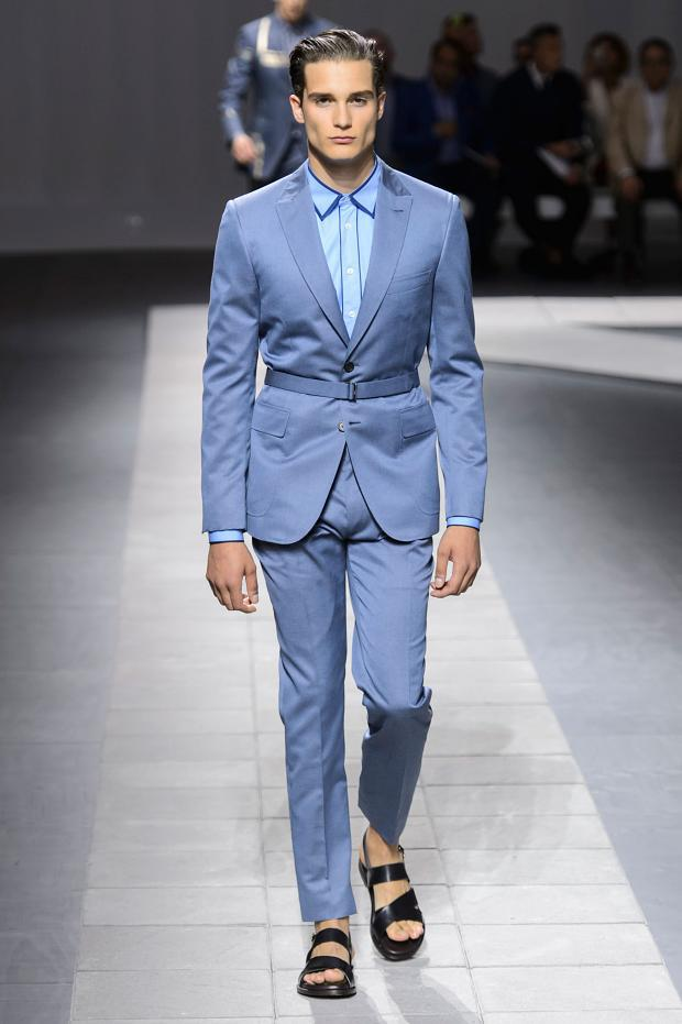Brioni Spring/Summer 2016 - the geometry in the suit, out of the frame