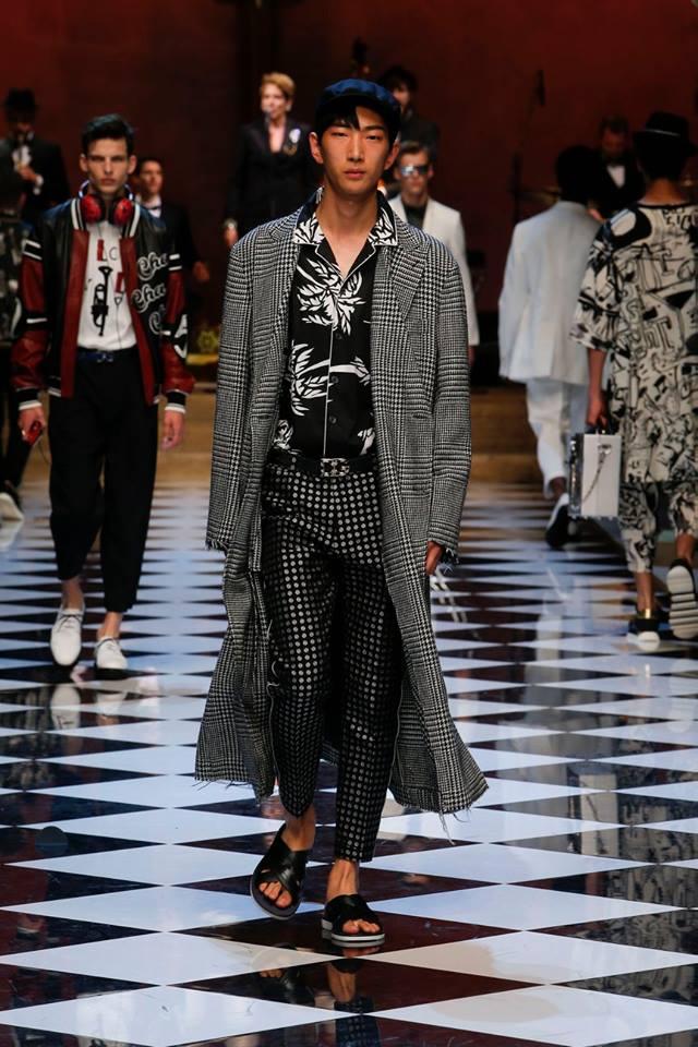 Dolce & Gabbana Spring-Summer 2017 Men's Fashion Show