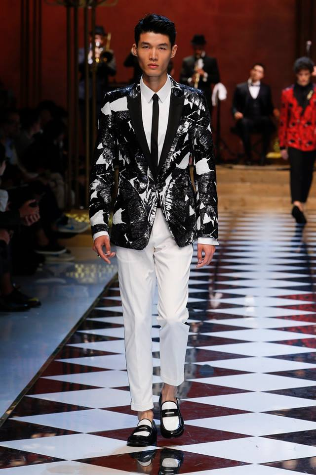 d2c1a862f88978 Dolce & Gabbana Spring-Summer 2017 Men's Fashion Show