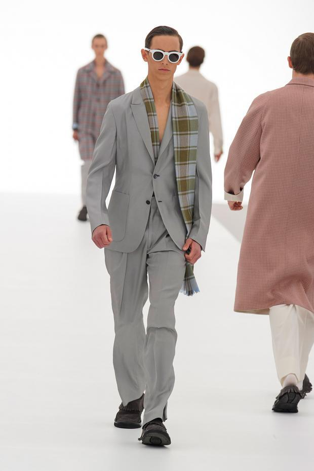 Ermenegildo Zegna Couture Spring/Summer 2016 - tailoring is an important category