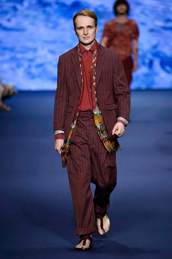 Milano Moda Uomo: Etro Spring-Summer 2017 men's collection