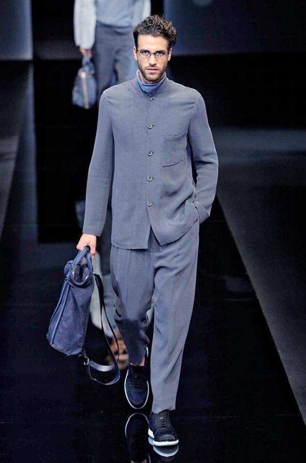 2017 mens fashion trends - Milano Moda Uomo Giorgio Armani Spring Summer 2017 Men S