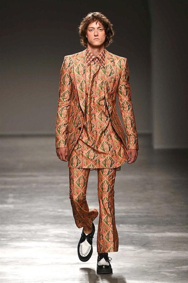 Milano Moda Uomo: Helen Anthony Spring-Summer 2017 men's collection