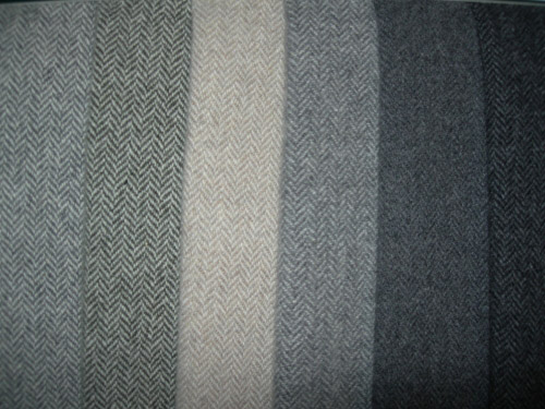 Cashmere and premium quality wool fabrics for Fall/Winter by LANIFICIO BRESCHI