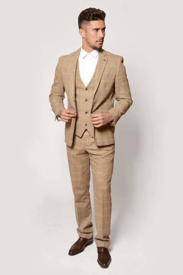 Men's suits fashion trends: Brown suits