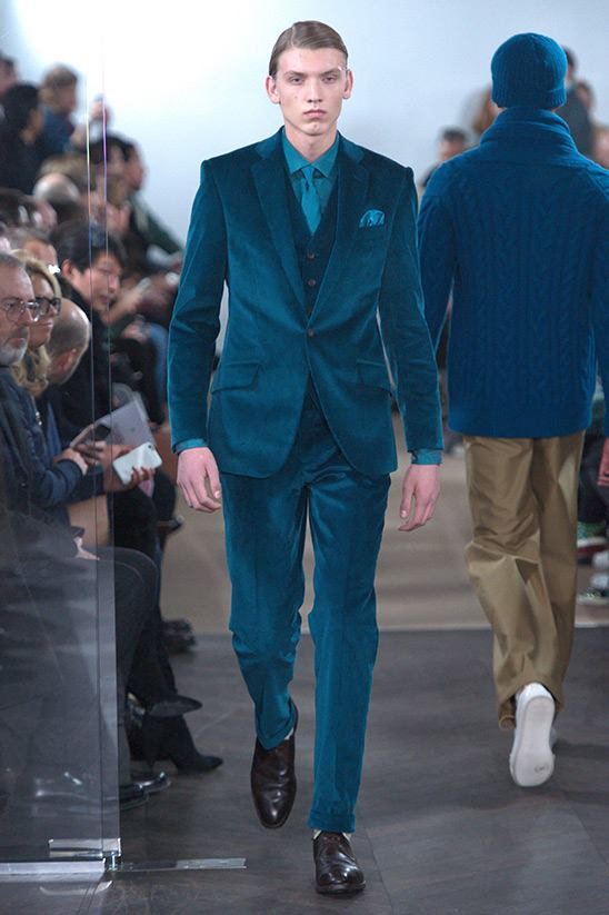 Men's suits 2016 fashion trends: Blue suits