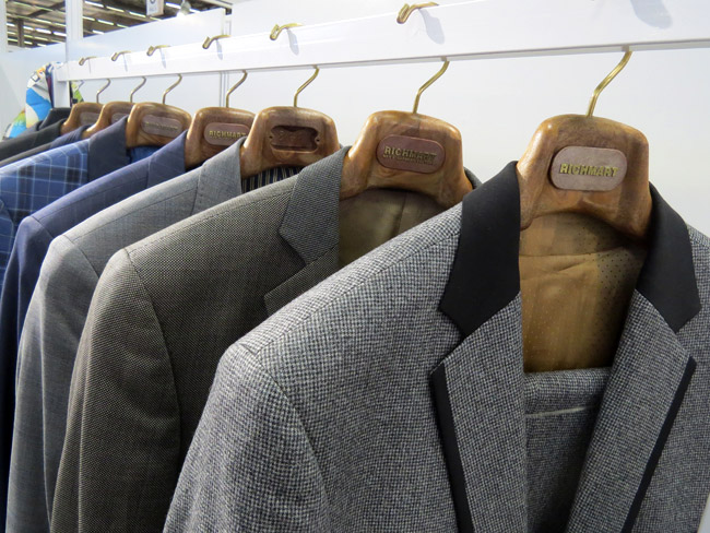 The interest in made-to-measure men's suit is growing