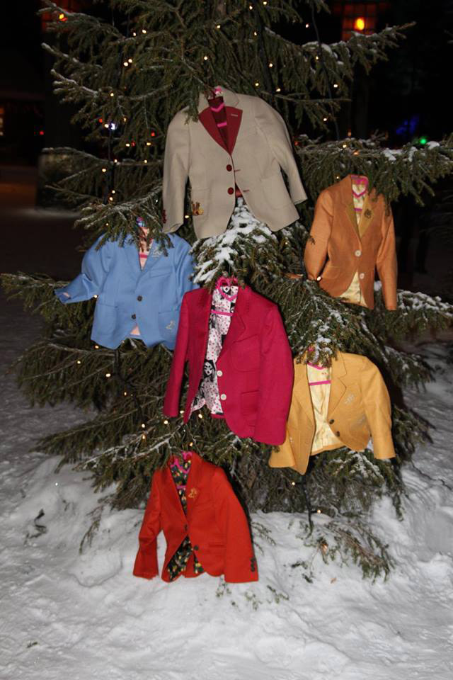 Do Santa's dwarfs exist? Yes, Richmart Junior proves that
