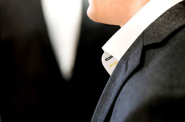 English bespoke and made-to-measure suits by Saunt Crispin