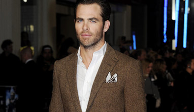 Star Trek Beyond Chris Pine in elegant men's suits
