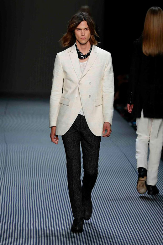 Men's suits 2016 fashion trends: Black and White suits
