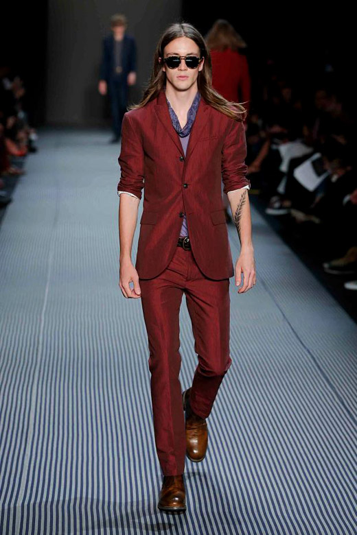 Men's suits 2016 fashion trends: Red suits