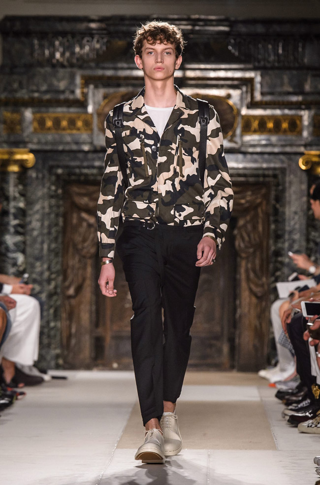 Paris Fashion Week: Valentino Spring-Summer 2017 men's collection