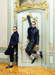 Narcissism and self exposure in fashion or the quirk of Viktor & Rolf