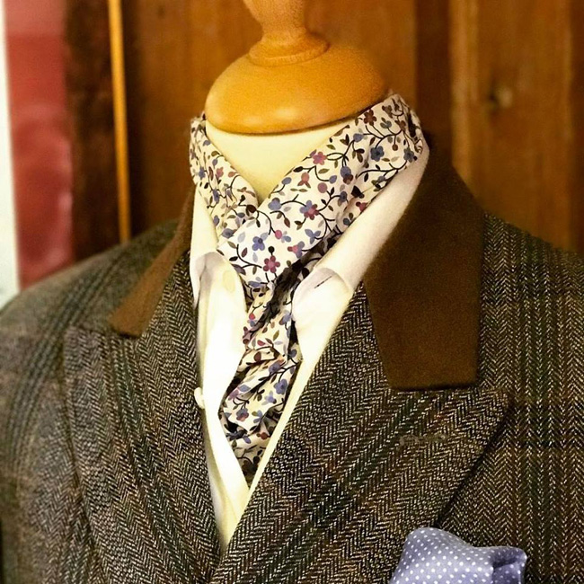 English bespoke suits and shirts by Barrington Ayre