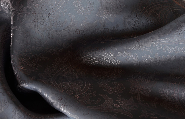 Italian suit linings by Brunello SPA