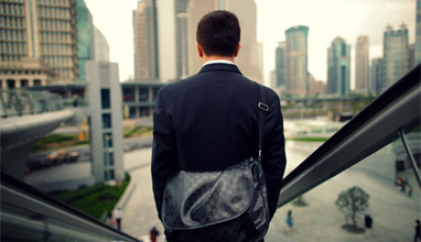 Three Tips to Make Your Business Suit Stand Out