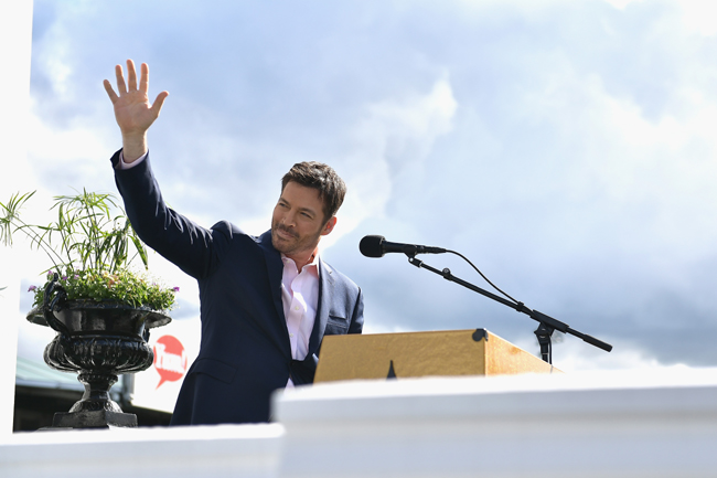 Superstar Harry Connick Jr. to sing national anthem at the 143rd KENTUCKY DERBY