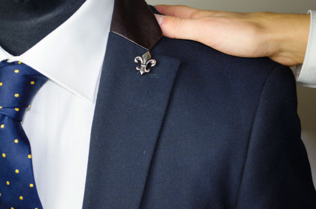Choosing the Right Lapel Pin for Your Tuxedo or Suit