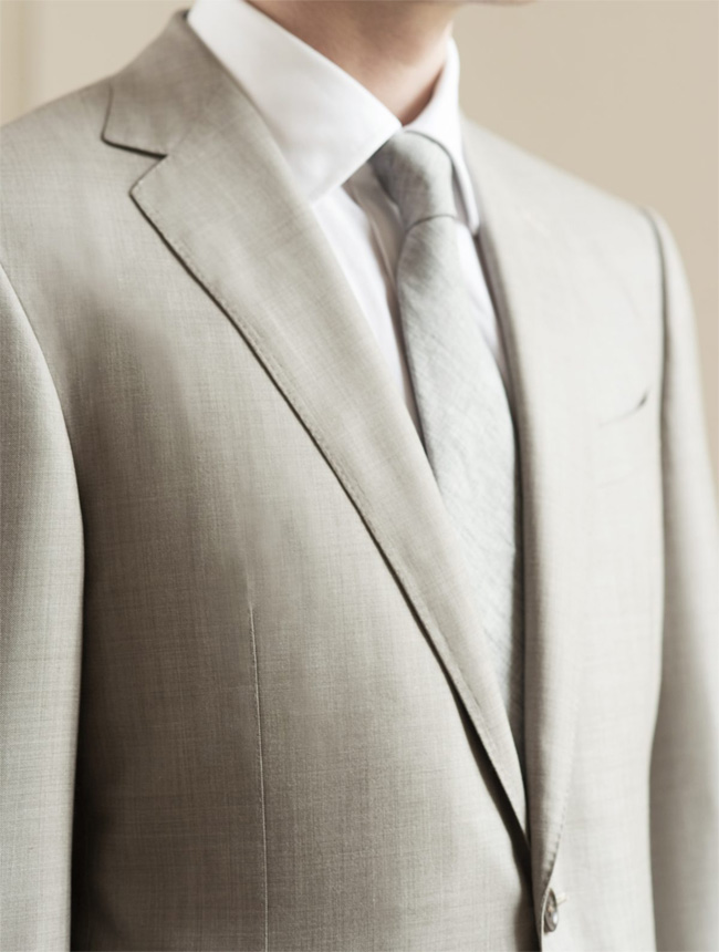 Notch lapel, peak lapel, point lapel, which lapel is made for your suit - ask the Scabal's tailors