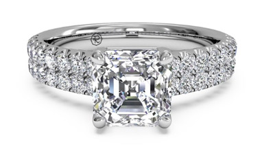How to select the perfect engagement ring